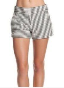"Nwt-BcbgMaxazria ""Pia"" shorts size large"